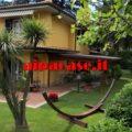 GROTTAFERRATA Villa monofamiliare a schiera dove la riservatezza e la privacy sono la caratteristica dominante.